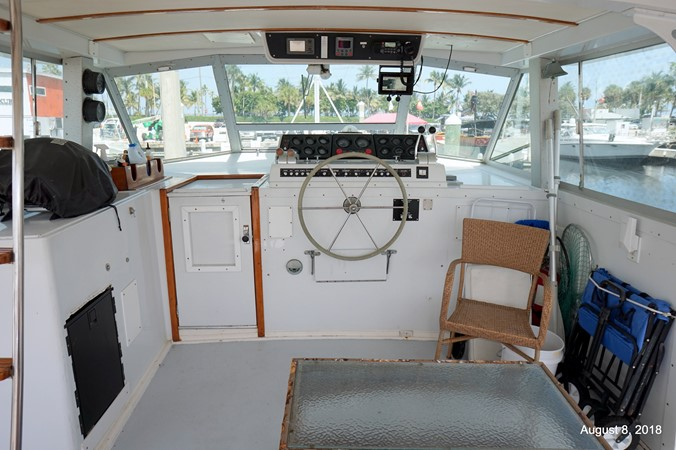 1975 BERTRAM Motor Yacht Flybridge 2308595