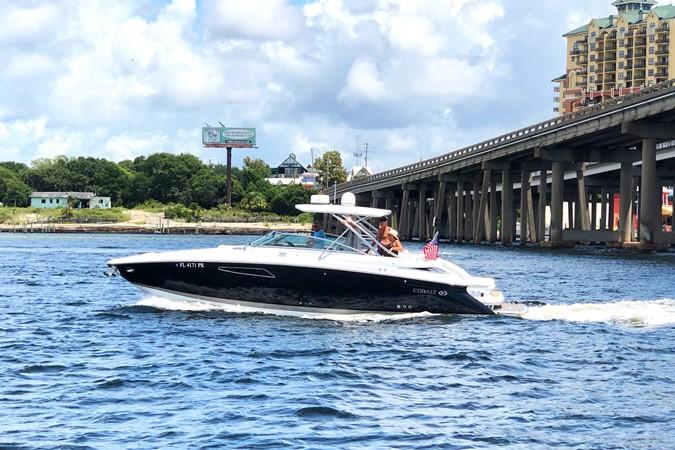 Port profile 2014 COBALT 336 Deck Boat 2308755