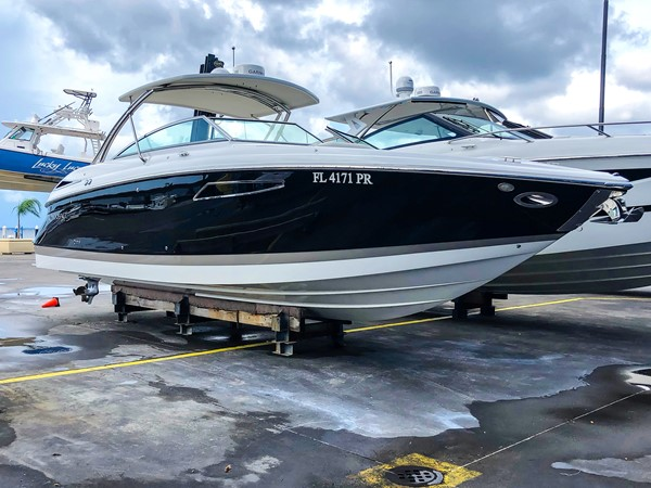 STBD bow profile 2014 COBALT 336 Deck Boat 2308756