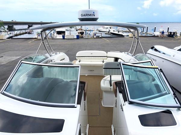 Walk-through windshield 2014 COBALT 336 Deck Boat 2308767