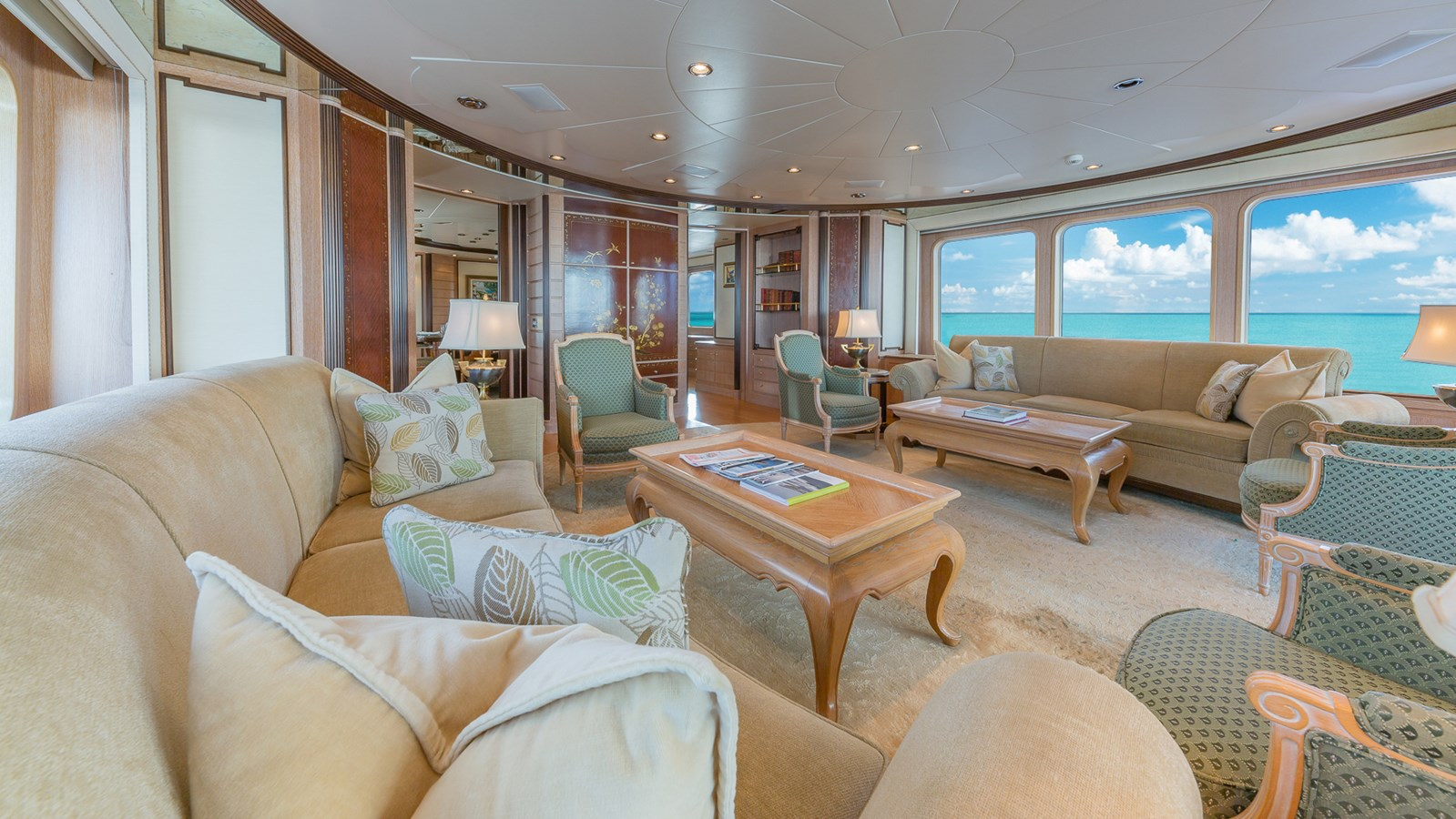 1997 FEADSHIP  Displacement 2921240