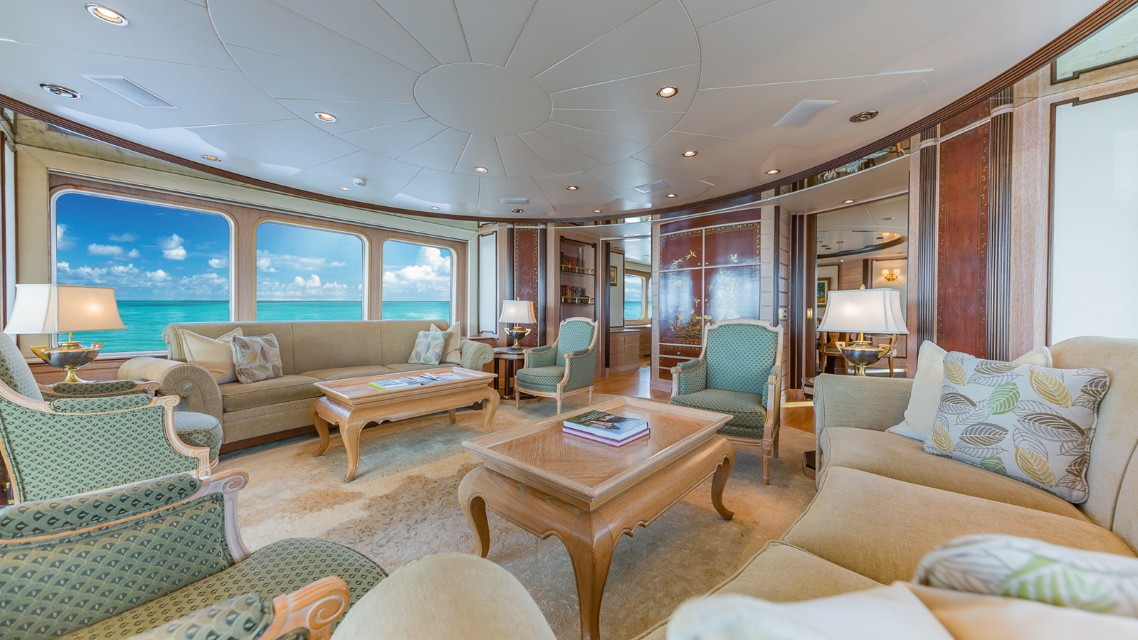 1997 FEADSHIP  Displacement 2921241