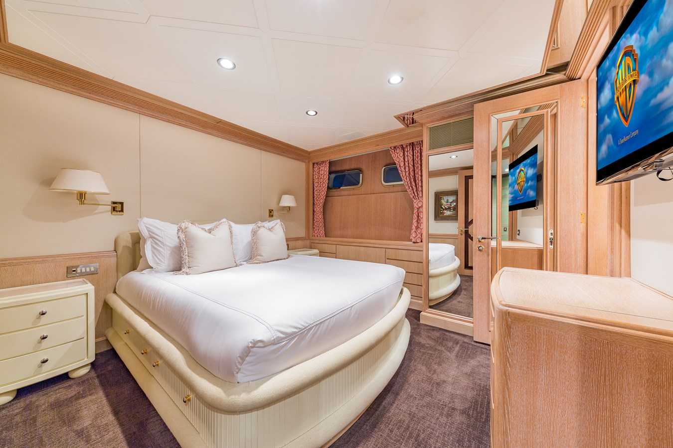1997 FEADSHIP  Displacement 2921251