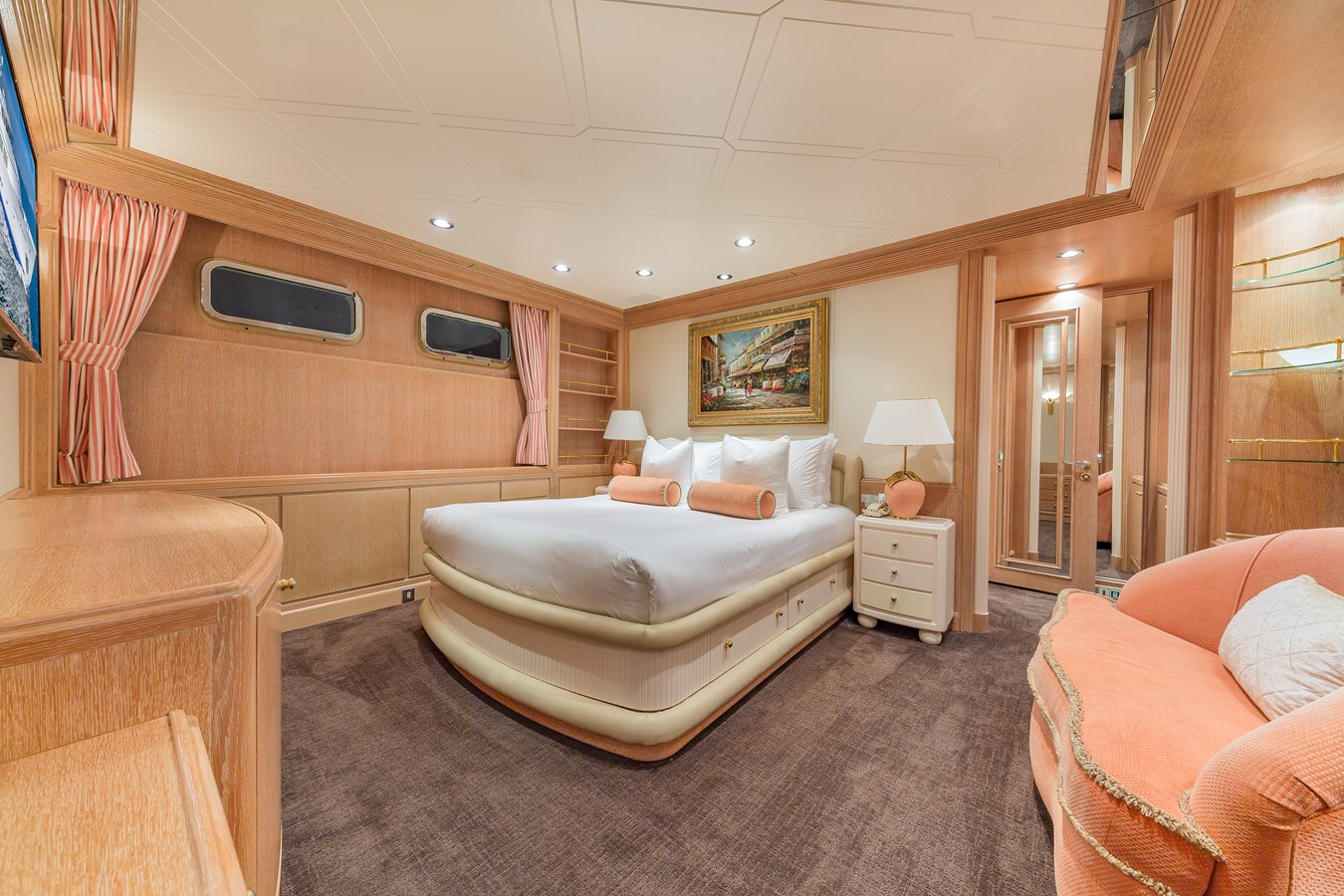 1997 FEADSHIP  Displacement 2921255