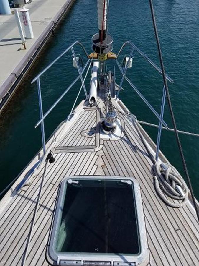 Crew Deck Hatch Access 2009 JEANNEAU DS 54  2309362