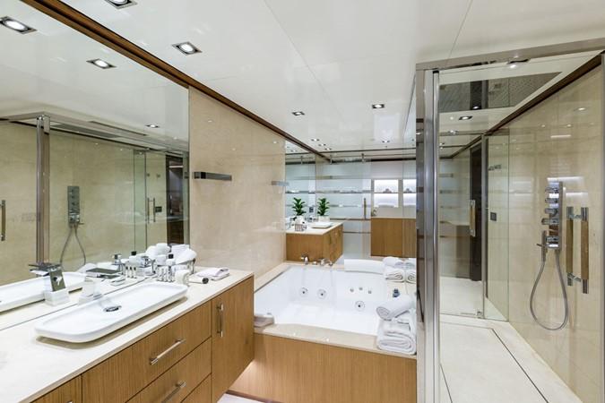 MY Maybe - Master bathroom 2016 MetalSHIPS & Docks   Displacement 2309462