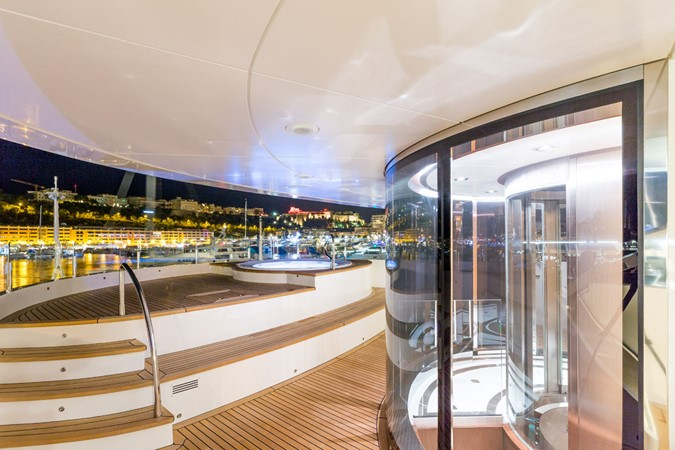 MY Maybe - Elevator to sun deck 2016 MetalSHIPS & Docks   Displacement 2309468