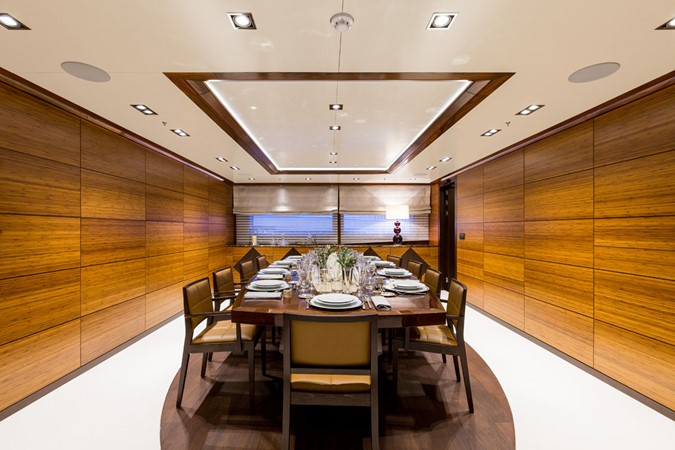 MY Maybe - Private dining room 2016 MetalSHIPS & Docks   Displacement 2309488