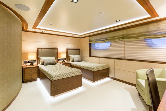 MY Maybe - guest cabin 2016 MetalSHIPS & Docks   Displacement 2309496