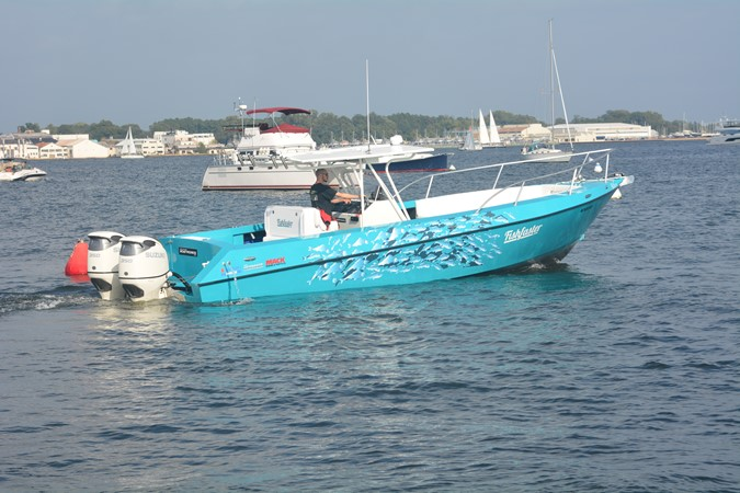 fishfaster.stern.JPG 2019 CUSTOM   2310280