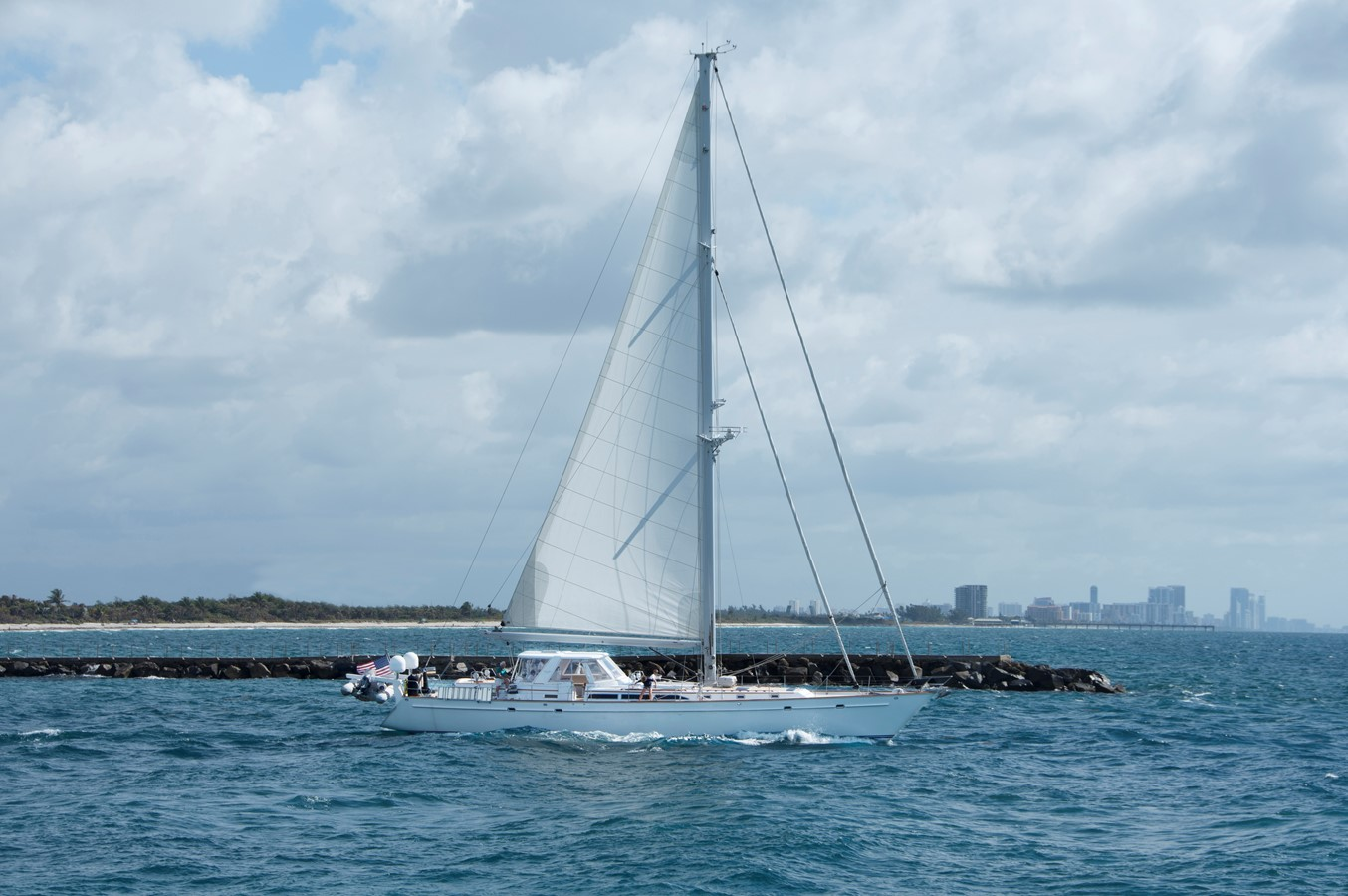 EAGLES NEST yacht for sale