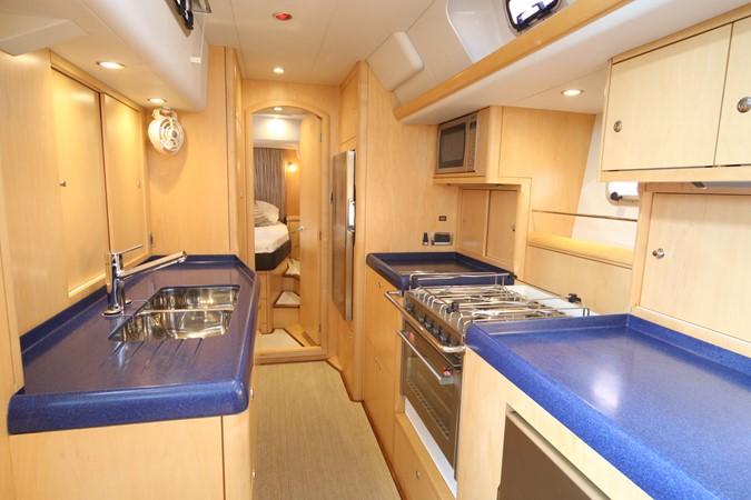 2013 OYSTER MARINE LTD 575 Deck Saloon 2313590