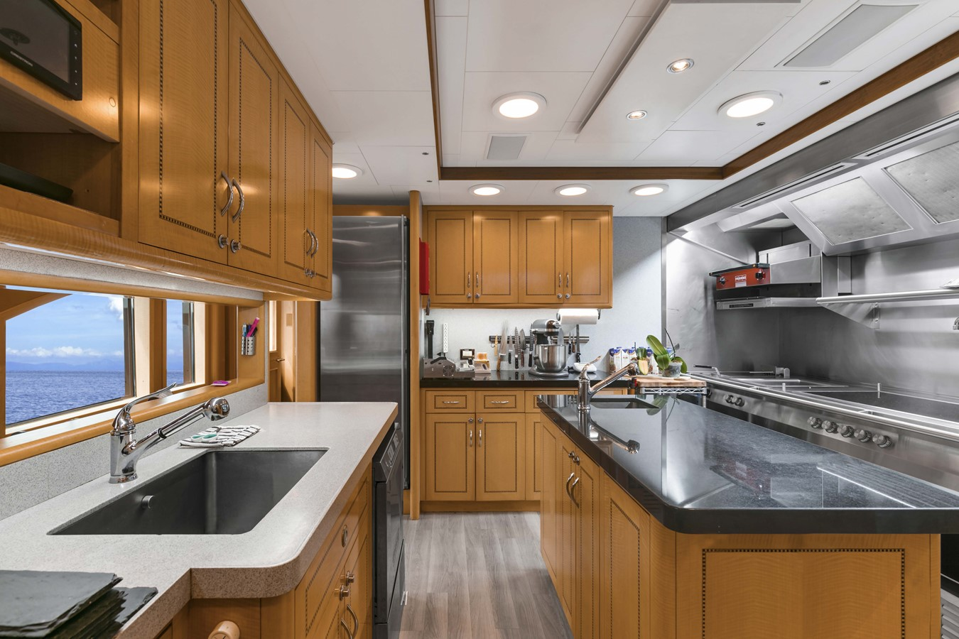 Galley 2000 FEADSHIP Tri-Deck Motor Yacht 2314131