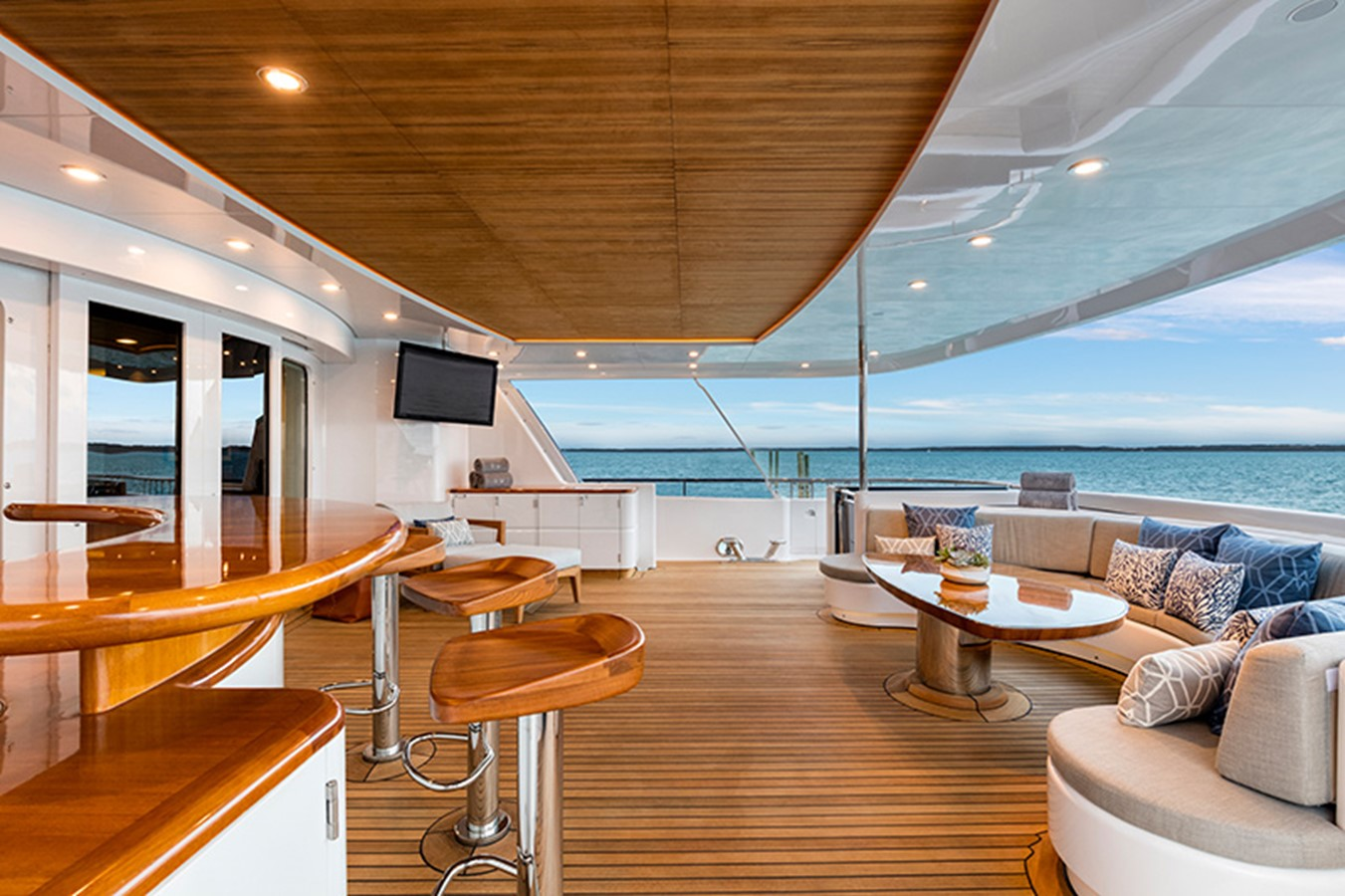 Aft Deck - 165 FEADSHIP For Sale