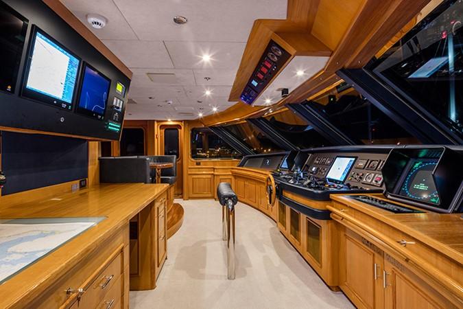 Pilothouse 2000 FEADSHIP Tri-Deck Motor Yacht 2314149