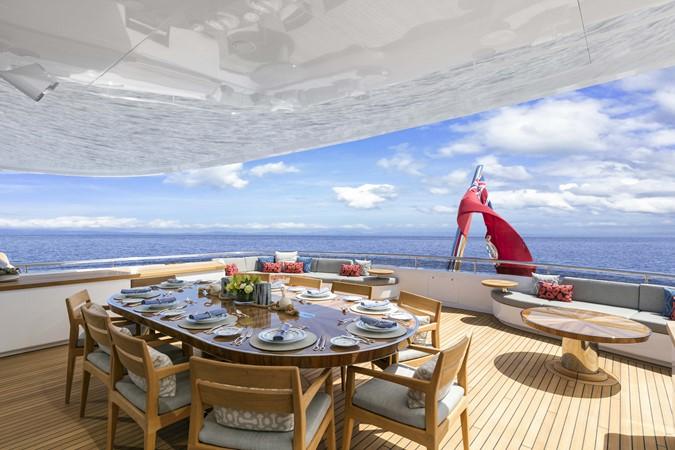 Bridge Deck Dining 2000 FEADSHIP Tri-Deck Motor Yacht 2314158