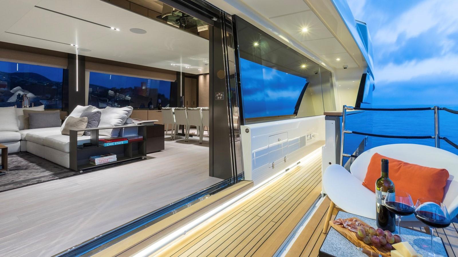 2018 FERRETTI CUSTOM LINE Navetta 33 Motor Yacht 2343991