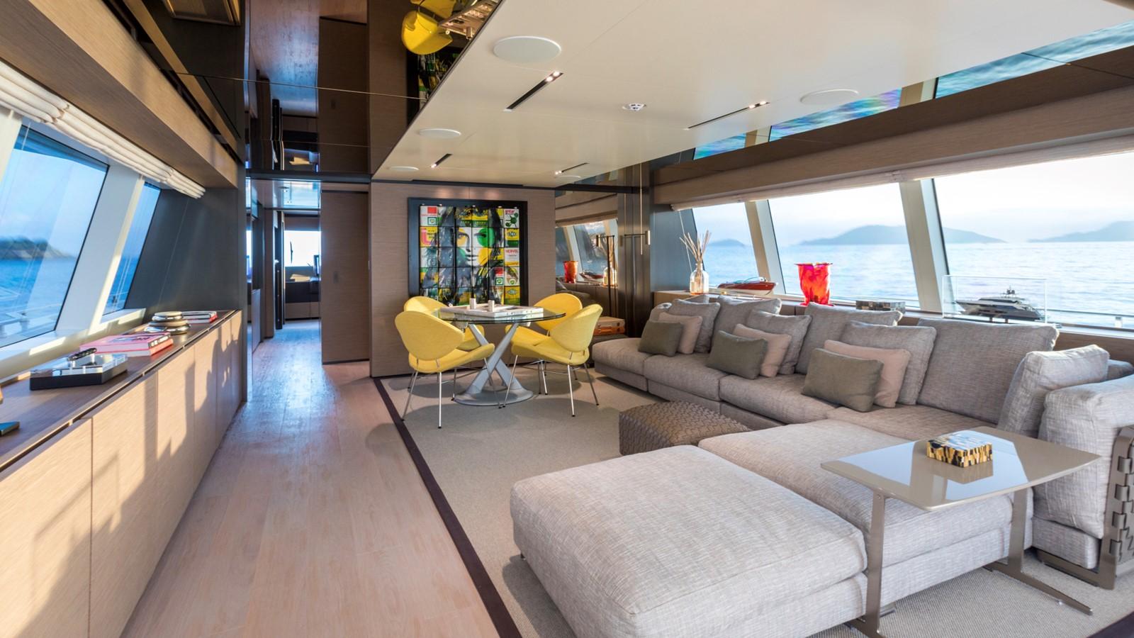 2018 FERRETTI CUSTOM LINE Navetta 33 Motor Yacht 2344161