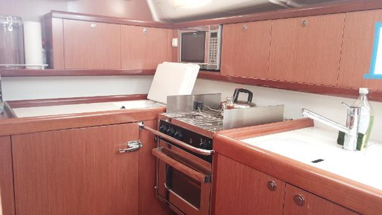 2008 BENETEAU Model Oceanis 43 Classic Yacht 2687121