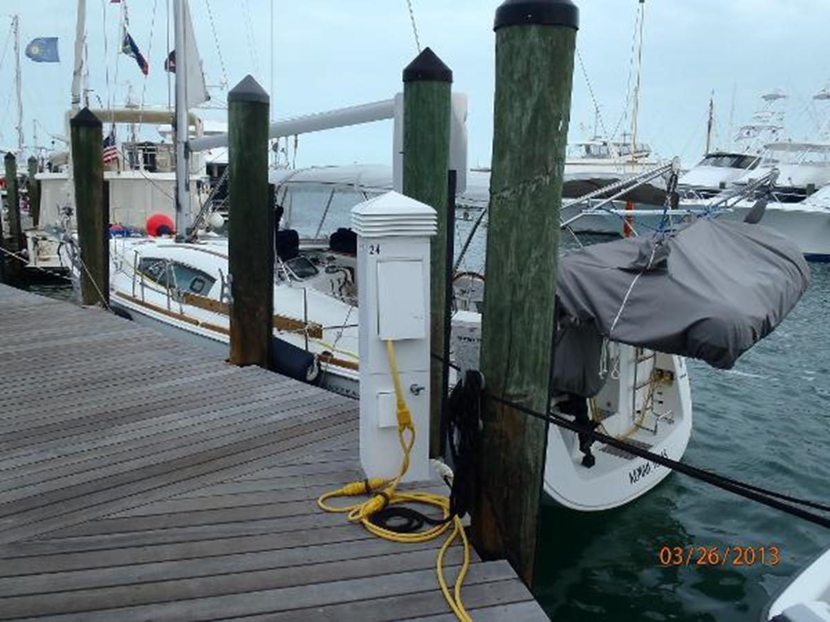 2008 BENETEAU Model Oceanis 43 Classic Yacht 2687136