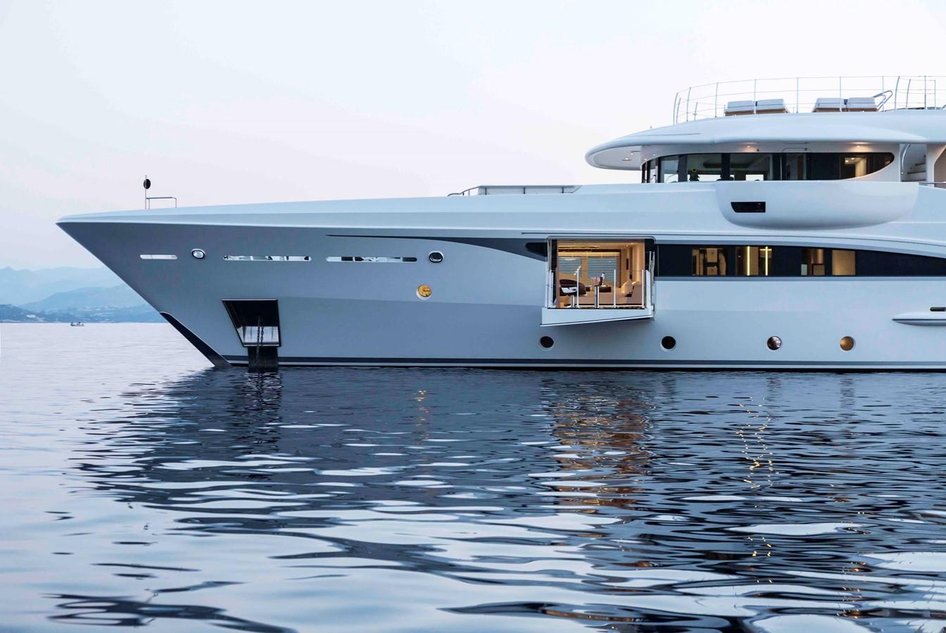 2013 AMELS  Motor Yacht 2319579