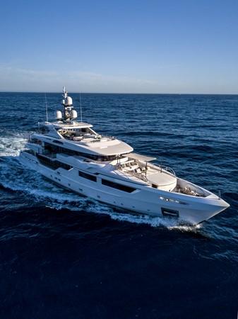 2014 ADMIRAL Maxima 47 Motor Yacht 2670670