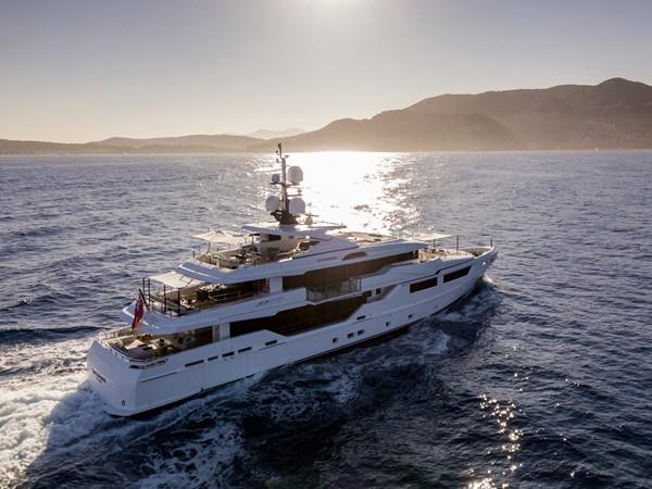 2014 ADMIRAL Maxima 47 Motor Yacht 2670671