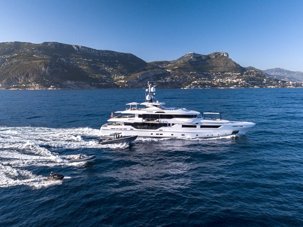 2014 ADMIRAL Maxima 47 Motor Yacht 2670676