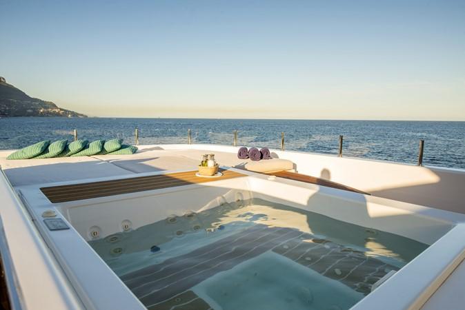 2014 ADMIRAL Maxima 47 Motor Yacht 2670708