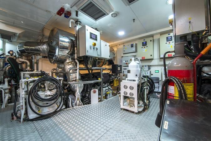 2014 ADMIRAL Maxima 47 Motor Yacht 2670743