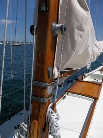 Mast  1955 RALPH WILEY  Sloop 2321062