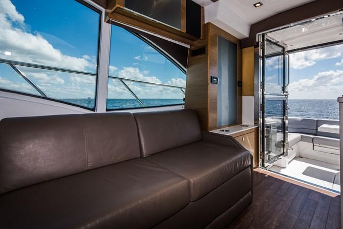 Cruisers 45 Cantius 2017 - Salon 2017 Cruisers Yachts 45 Cantius Black Diamond Cruiser 2368440