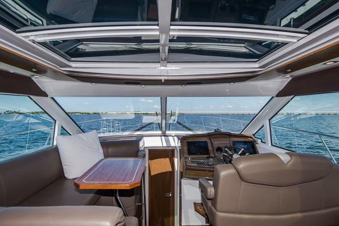 Cruisers 45 Cantius 2017 - Salon 2017 Cruisers Yachts 45 Cantius Black Diamond Cruiser 2368452