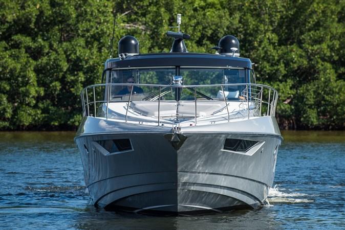 Cruisers 45 Cantius 2017 - Bow 2017 Cruisers Yachts 45 Cantius Black Diamond Cruiser 2368474