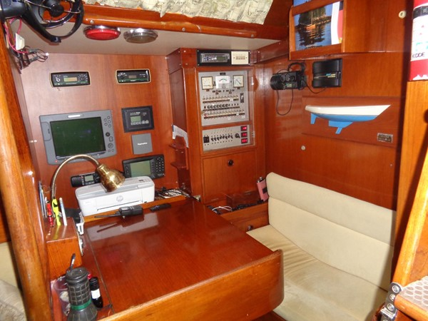 1981 NAUTOR  Aft Cockpit 2321948