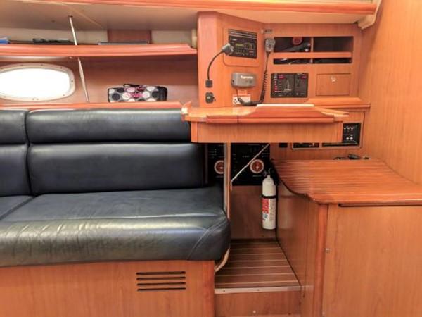 2008 HUNTER 45 Deck Salon Deck Saloon 2340554