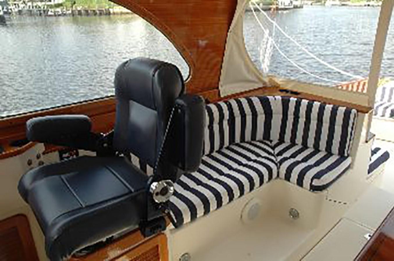 HELM 2000 HINCKLEY Talaria Cruiser 2326067