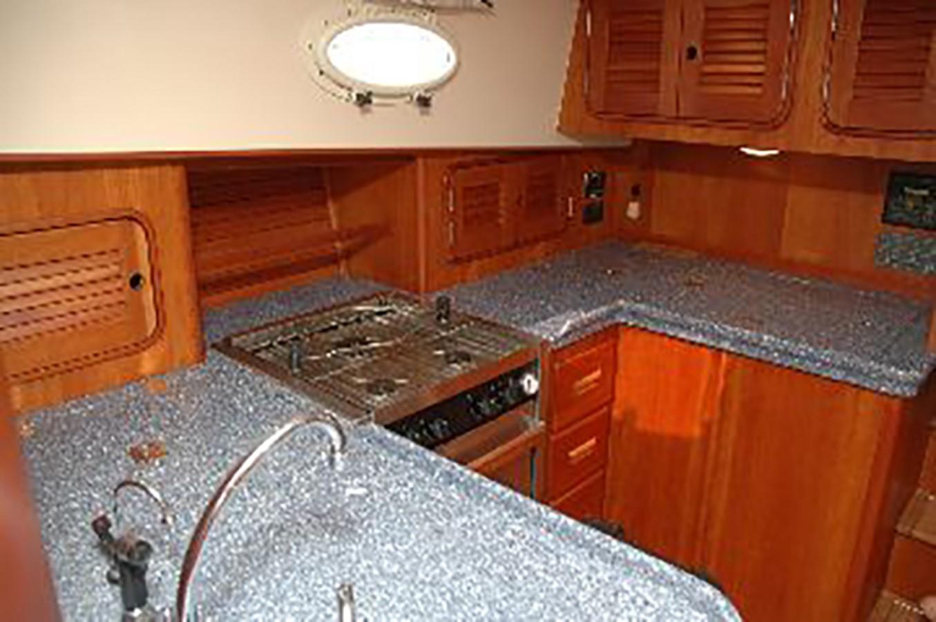 GALLEY 2000 HINCKLEY Talaria Cruiser 2326069