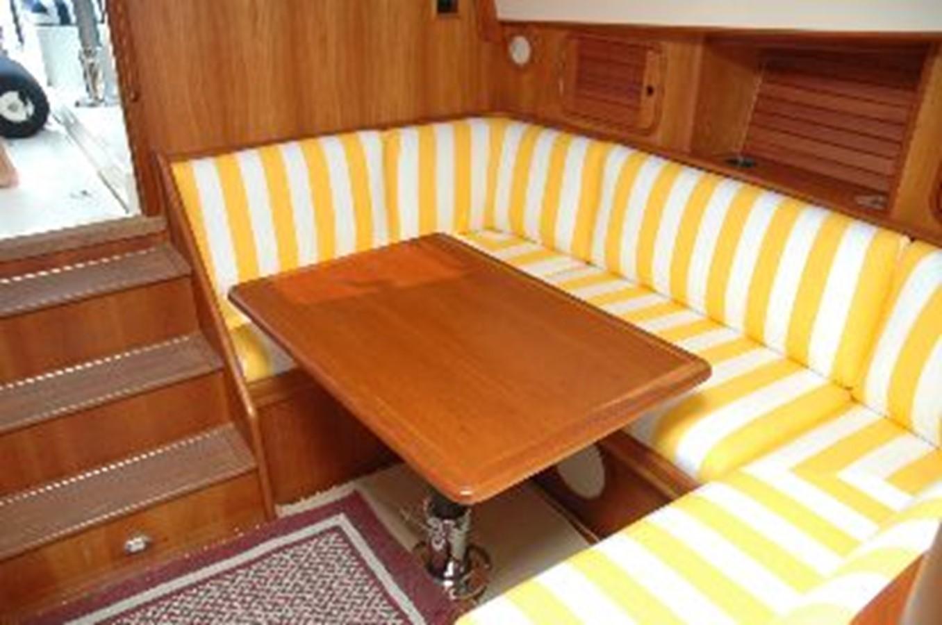 DINETTE 2000 HINCKLEY Talaria Cruiser 2326070