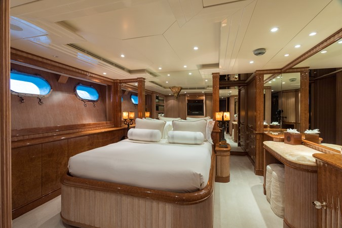 1999 BENETTI Golden Bay Motor Yacht 2511491