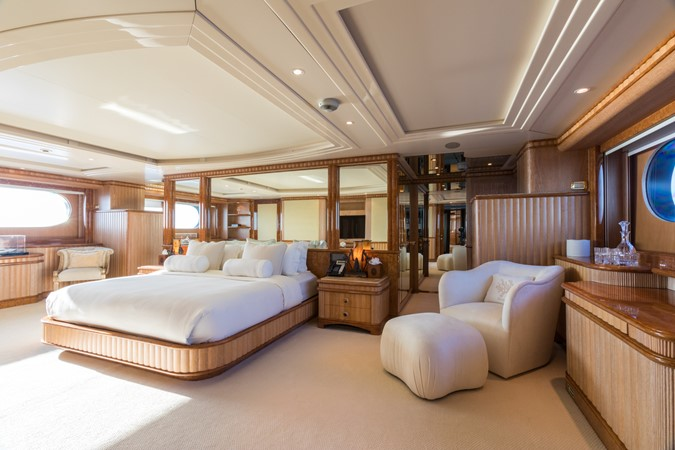 1999 BENETTI Golden Bay Motor Yacht 2511496