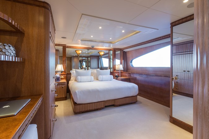 1999 BENETTI Golden Bay Motor Yacht 2511502