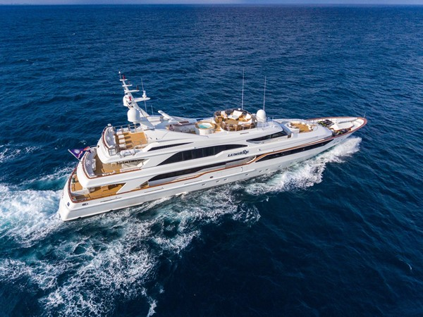 1999 BENETTI Golden Bay Motor Yacht 2544717