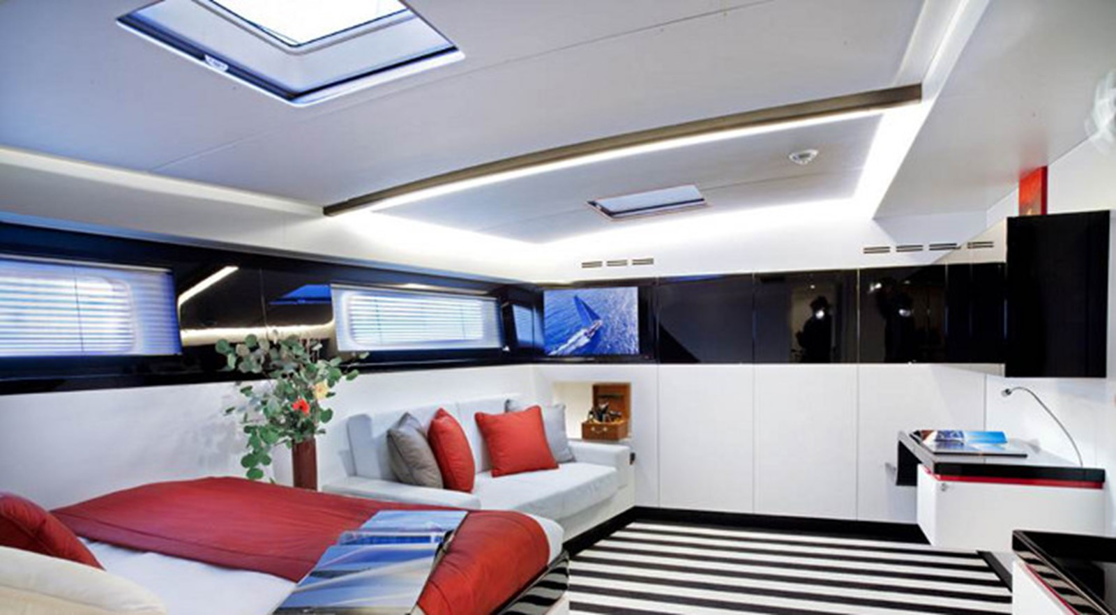 2013 MAXI DOLPHIN SRL Maxi 100 cruiser-racer Cruising Sailboat 2328918
