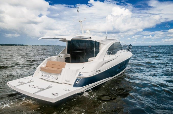 2013 Cruisers 45 Cantius Transom 2013 Cruisers Yachts 45 Cantius Cruiser 2330104