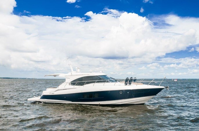 2013 Cruisers 45 Cantius  Starboard Profile 2013 Cruisers Yachts 45 Cantius Cruiser 2330133