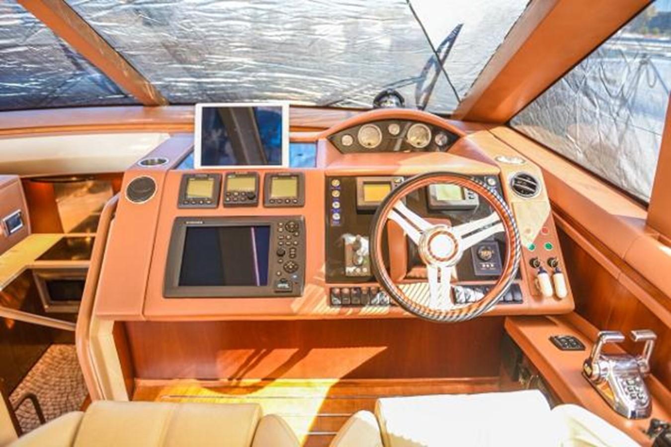 2010 PRINCESS YACHTS V Cruiser 2330981
