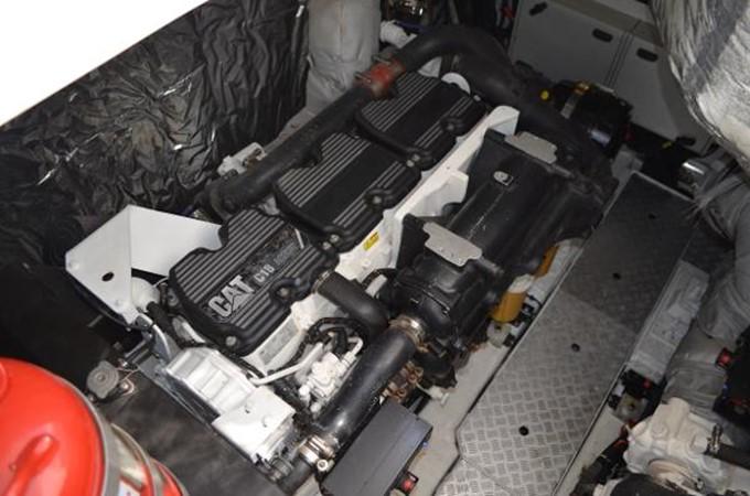 2010 PRINCESS YACHTS V Cruiser 2330996