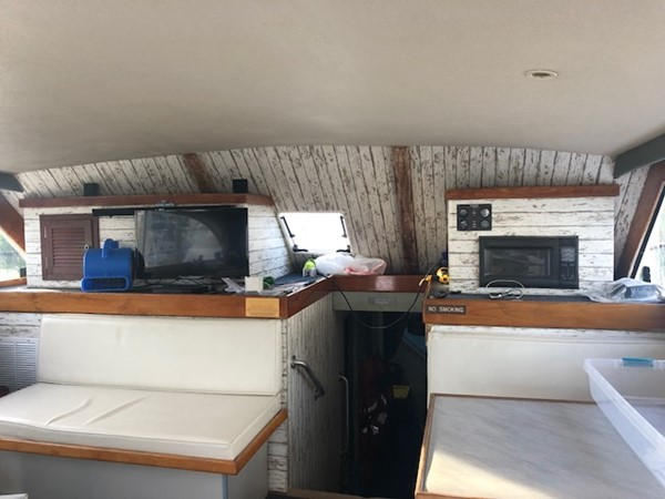 1981 CUSTOM CAROLINA Gwaltney 54 Single Diesel Sport Fisherman 2331117