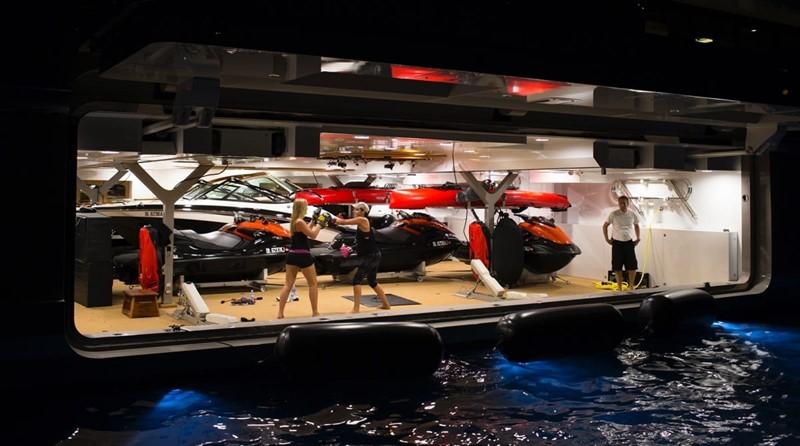 2014 LURSSEN  Mega Yacht 2334070